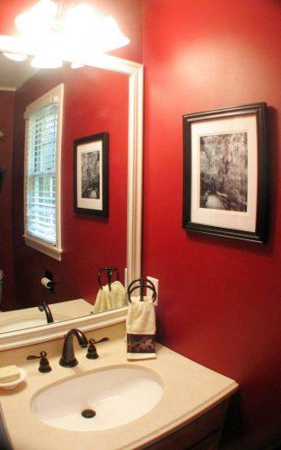 Bathroom Painting red bathroom